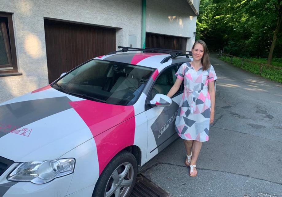 Car Wrapping (Kleid passend zum Auto oder umgekehrt)
