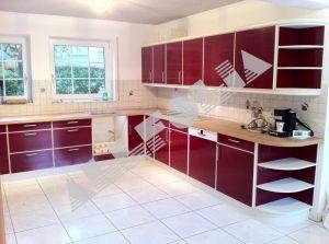 Möbel / Küchen